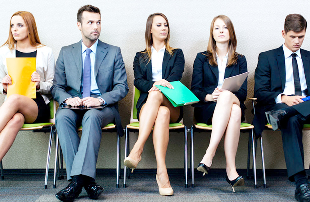 HOW TO GET A JOB USING LINKEDIN | Smart Life Weekly
